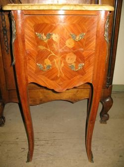 272: French Louis XVI Marble End Top End Table