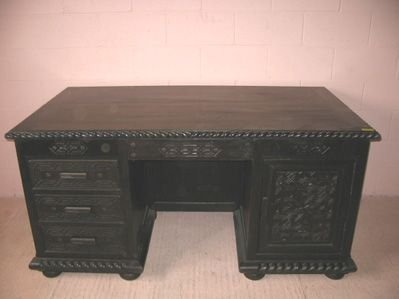 22: Dark Spanish Oak Style Executive Desk