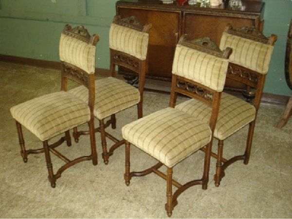 48A: Set of 4 Nicely Upholstered Antique Chairs