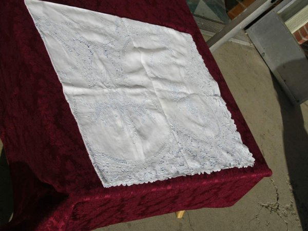 1005: Embroidered Cutwork white and blue tablecloth