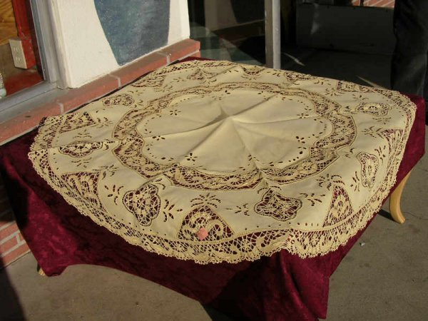1008: Gold Color Round Cluny Lace and Cutwork Tableclot