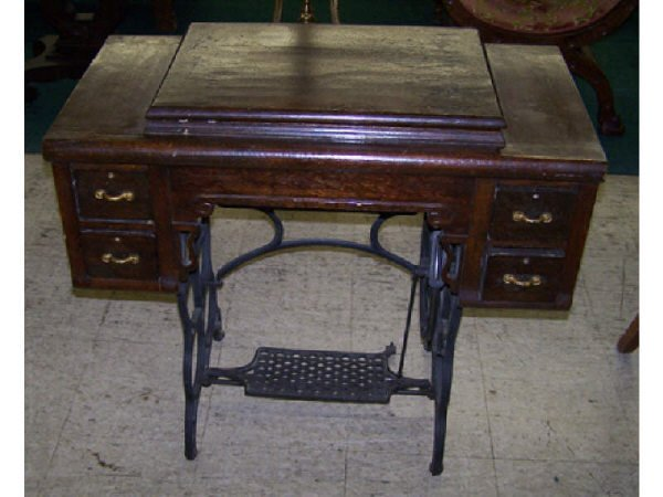 10: Oak Tredle Sewing Machine