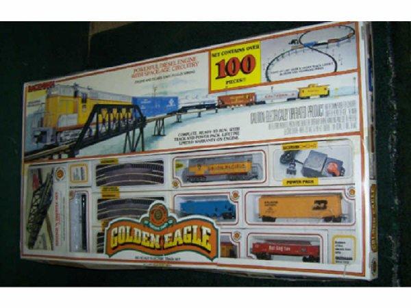 15: Golden Eagle HO Scale Train Set