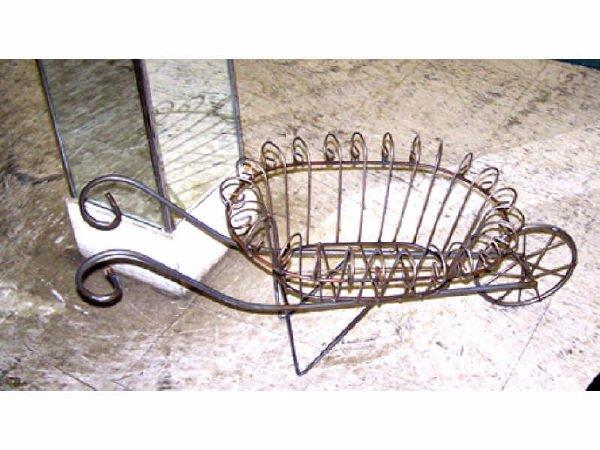 534: Bent Wire Cart Planter
