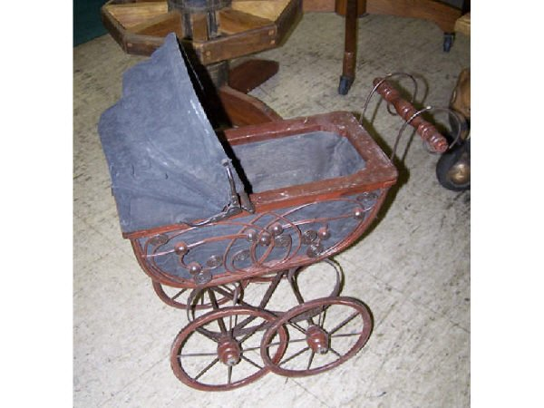 544: Antique Style Baby Buggy