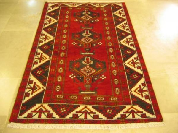 1039: Fine Ferdos Hand Knotted Persian Rug