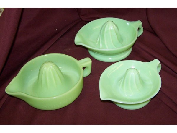 1554: Lot of 3 Vintage Jadeite Reamers or Juicers