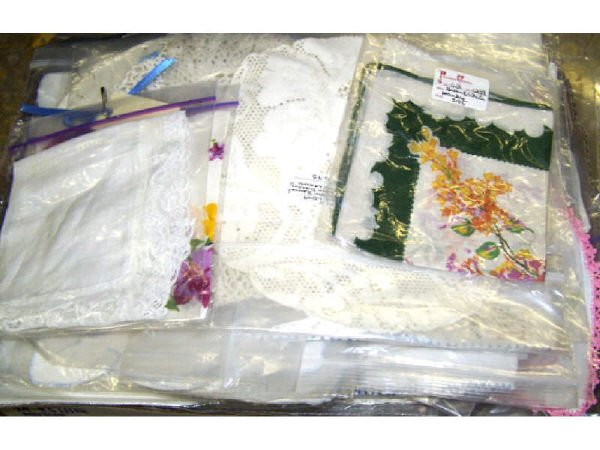 1301: Lot of Assorted Individual Linens