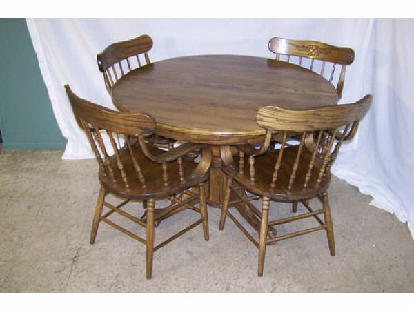 187: Contemporary Round Oak Table and Chairs