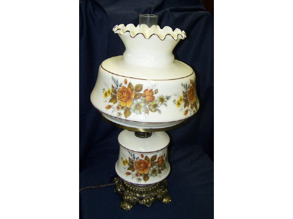 1363: Transfer Ware GWTW Style Lamp