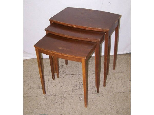 1428: Lot of 3 Mersman Tables