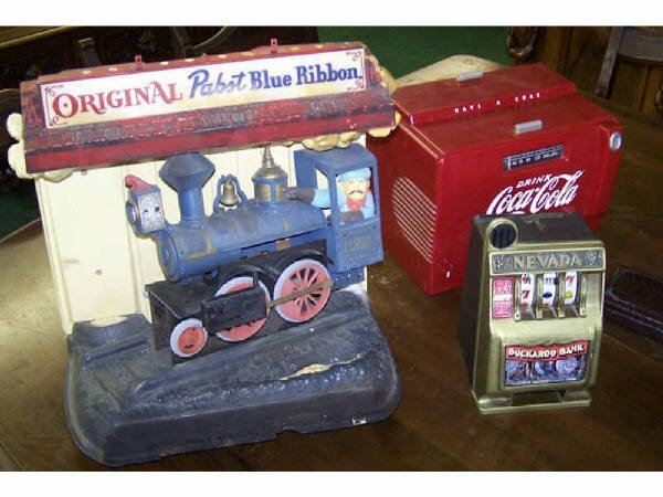 1429: Collectibles Lot Pabst Train Sign