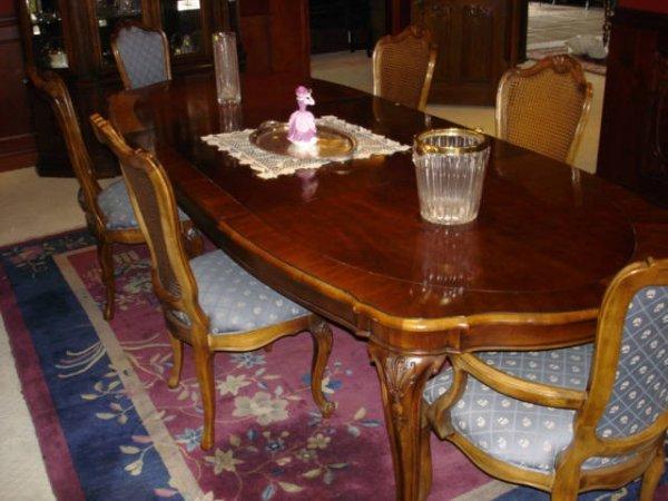 3100: Dining Room Set