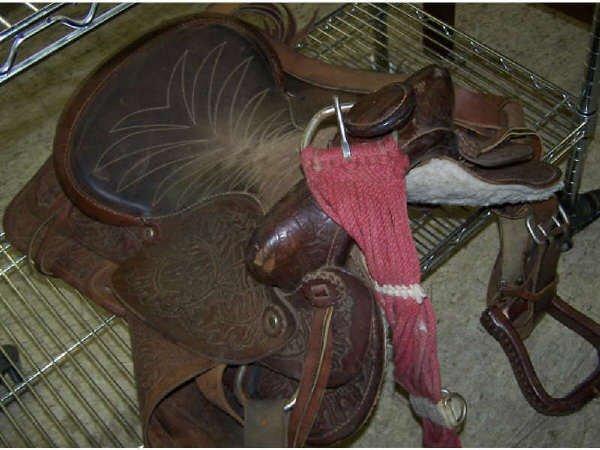 814: Vintage Leather Saddle
