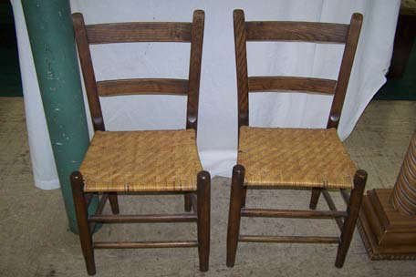 825: A Pair of Antique Shaker Style Chairs