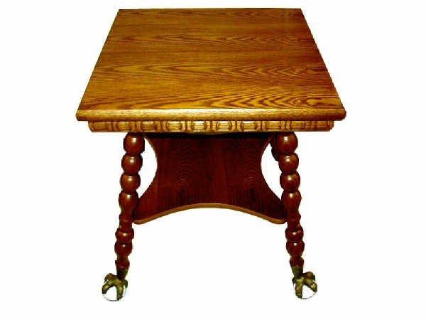 519: Fine Victorian Style Clawfoot Oak Parlour Table