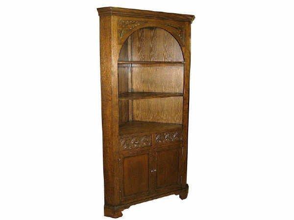 523: Fine Oak Corner Cabinet