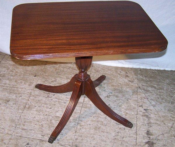 5: Mahogany Duncan Phyfe Revival Table