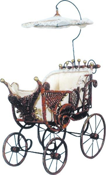 3021: Wicker Baby Buggy with Parasol
