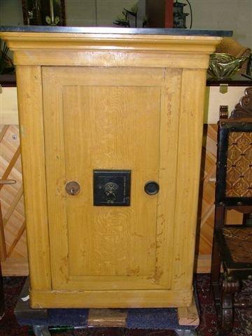 6007: Antique Cased RARE Parlour Safe