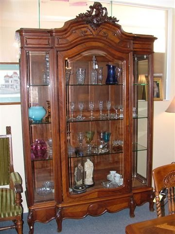 6010: Fine Rosewood French China Cabinet
