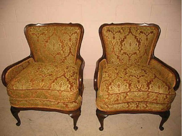 5001: Fine Pair of French Walnut Upholstered Chairs