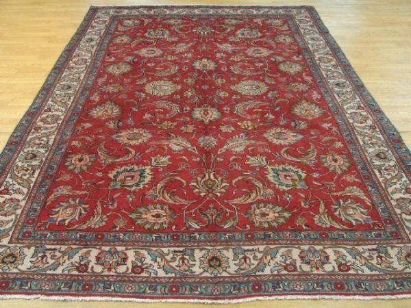 5113: Excellent Hand Knotted Azarbayjan Rug