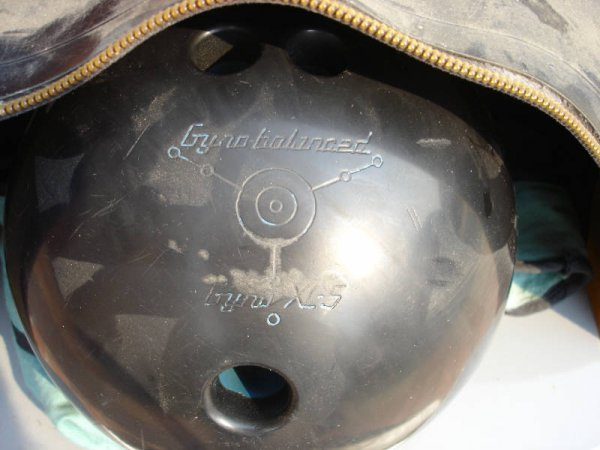 1605: Ebonite Gyro Balanced XL5 Bowling Ball, bag, shoe - 2