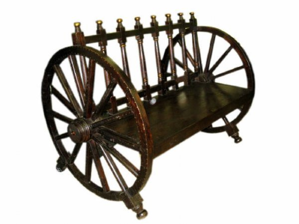 7007: Rustic Wooden Wagon Wheel Bench