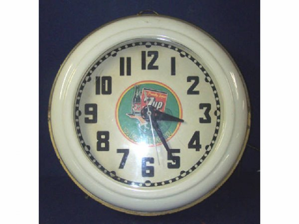 61: Vintage 7-up Neon Rimmed Wall Clock