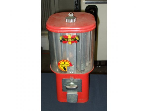 1305: Good Antique Oak MFG. Co. 1 Cent Candy Machine