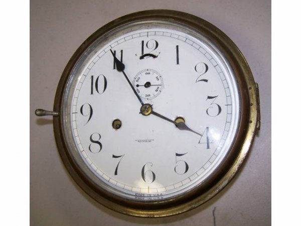 32: Antique New Haven Clock Co. Ships Clock