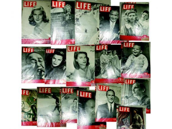 401: Lot of 17 1940s Life Magazines