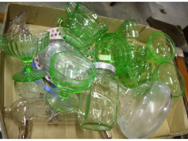 395: Green Depression Glass Box Lot Plus