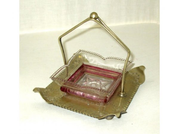 712: Fine Victorian Sweet Meat Cranberry Flash Dish