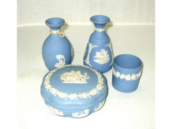 716: 4 items Wedgwood Blue Jasperware Items