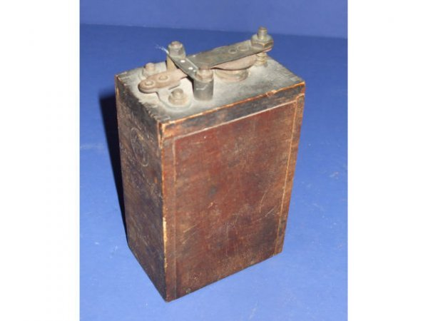 976: KW Ford Wooden Cased Model T Coil