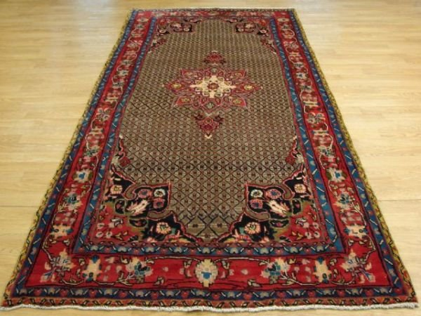 1311: Very Nice Hand Knotted Isfahan Room Rug!