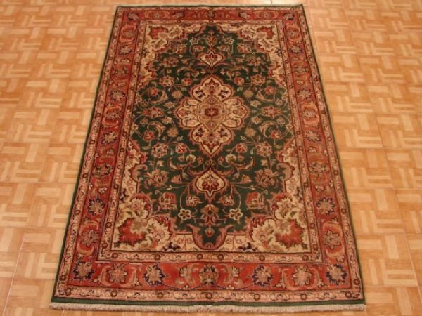 1314: Excellent Hand Made Markazi Area Rug