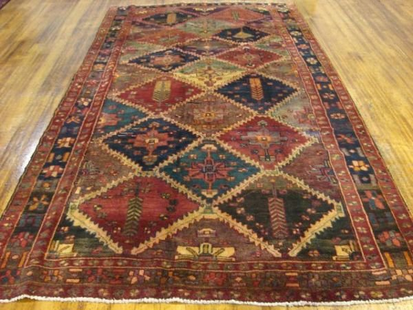 1318: Hand Knotted Persian Room Rug