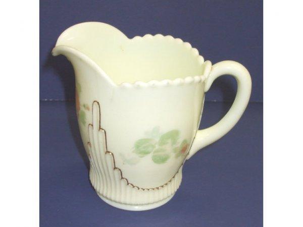 1039: Victorian Custard Glass Creamer