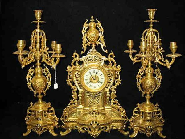 17: Ultra Fancy Dore Bronze Clock Set