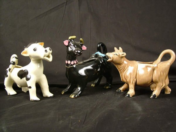 9318: Group Lot of 3 Cow Creamers