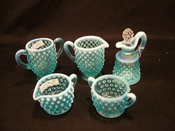 9000: Lot of 5 Blue Opalescent Hobnail Items