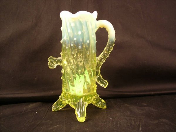 9016: Northwood Vaseline Treetrunk Vase