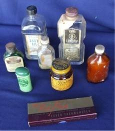 103: Lot of 8 Old Decorative Toiletries