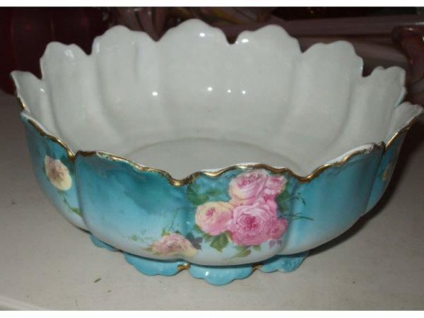 10009: Fine Porcelain BAVARIAN Berry Bowl