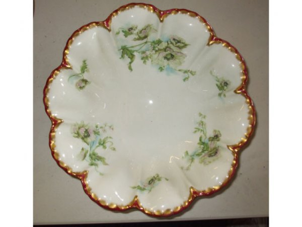 10012: Fine Haviland Limoges Flower Shape Bowl