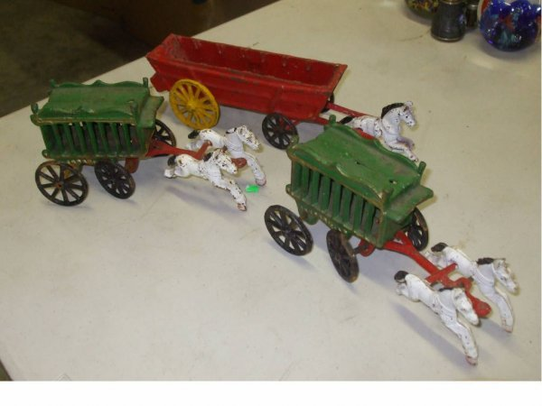 962: 3 Vintage Metal Toy Wagon Items