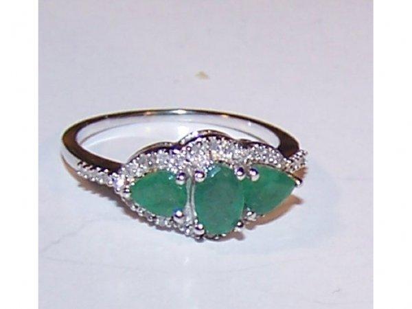 1601: 14k WG Tri Stone Emerald Ladies Ring